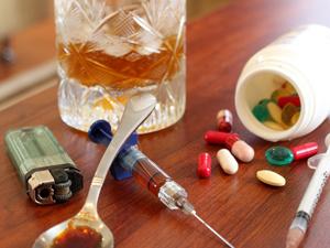 Наркотики и алкоголь - причины педофилии