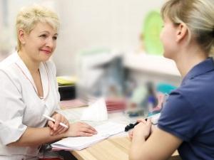Консультация невропатолога при покраснении лица