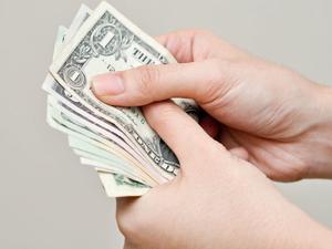 Трата денег на благотворительность