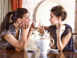 Пить во сне чай с бывшей подругой - к встрече с давними друзьями