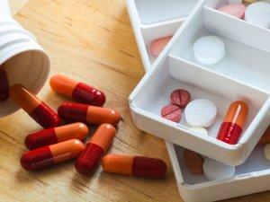 Назначение медикаментозного лечения при наслоении психопатии на органическое расстройство