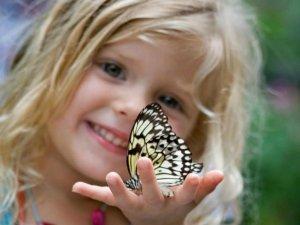 Органичение контактов с насекомыми в детском возрасте как причина фобии