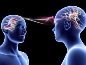 Бред воздействия при галлюцинаторно-параноидном синдроме
